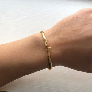 ☀️Kate Spade wink bangle☀️